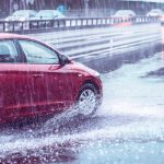 5 Teknologi Mobil yang Berguna untuk Menghadapi Hujan Lebat