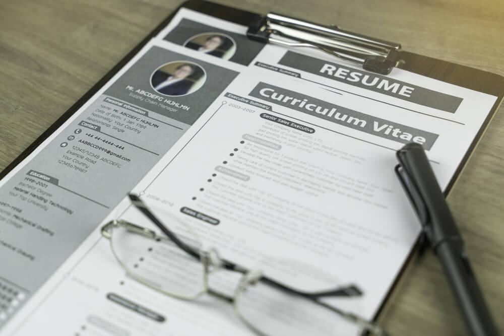 Contoh Desain CV yang Bagus untuk Para Pencari Kerja